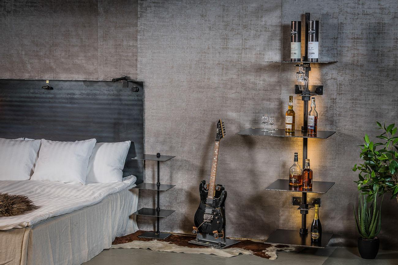sänggavel i stål