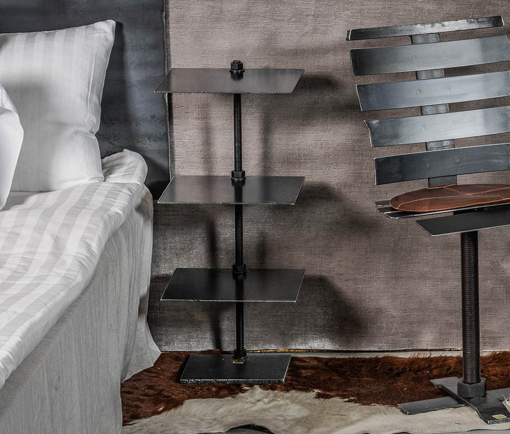 sängbord i metall